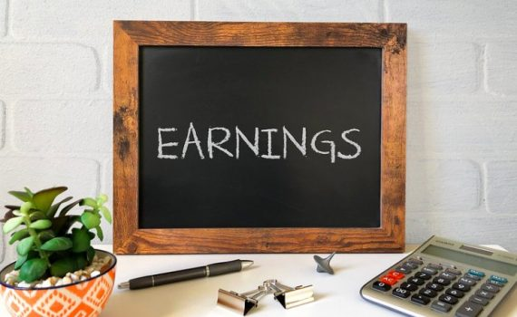 Earnings surprise on the upside